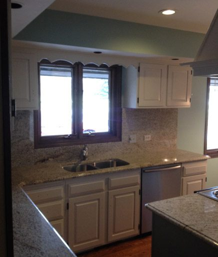 Finish Painted Kitchen Cabinets - Johnburg IL