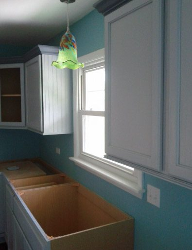 Painted Kitchen Walls Cabinets With Painted Crown Moulding - Johnsburg IL