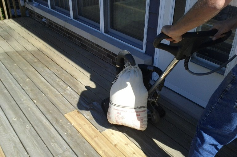 Deck Sanding - Spring Grove IL